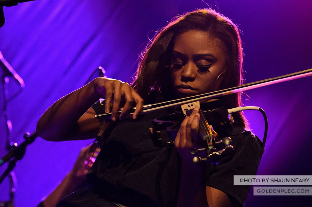 Laura Mvula at The Olympia Theatre on October 12th 2013-11