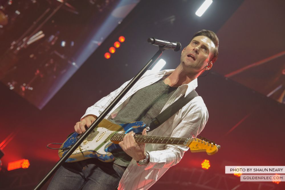 Maroon 5 at The o2, Dublin on January 16th 2014-18