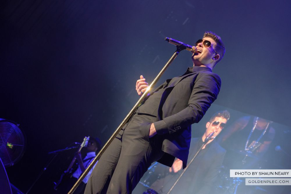 Robin Thicke at The o2, Dublin on January 16th 2014-05