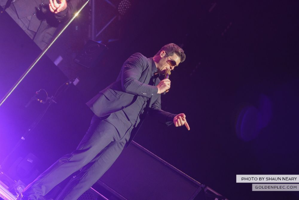 Robin Thicke at The o2, Dublin on January 16th 2014-06