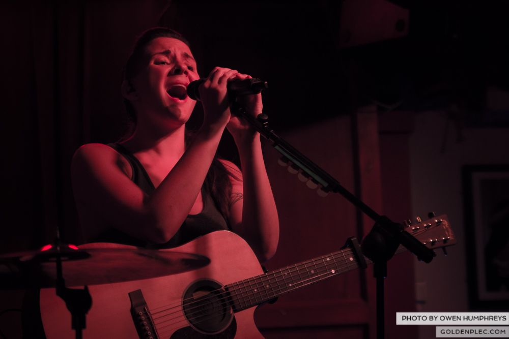 Heathers at Roisin Dubh, Galway by Owen Humphreys (7 of 17)