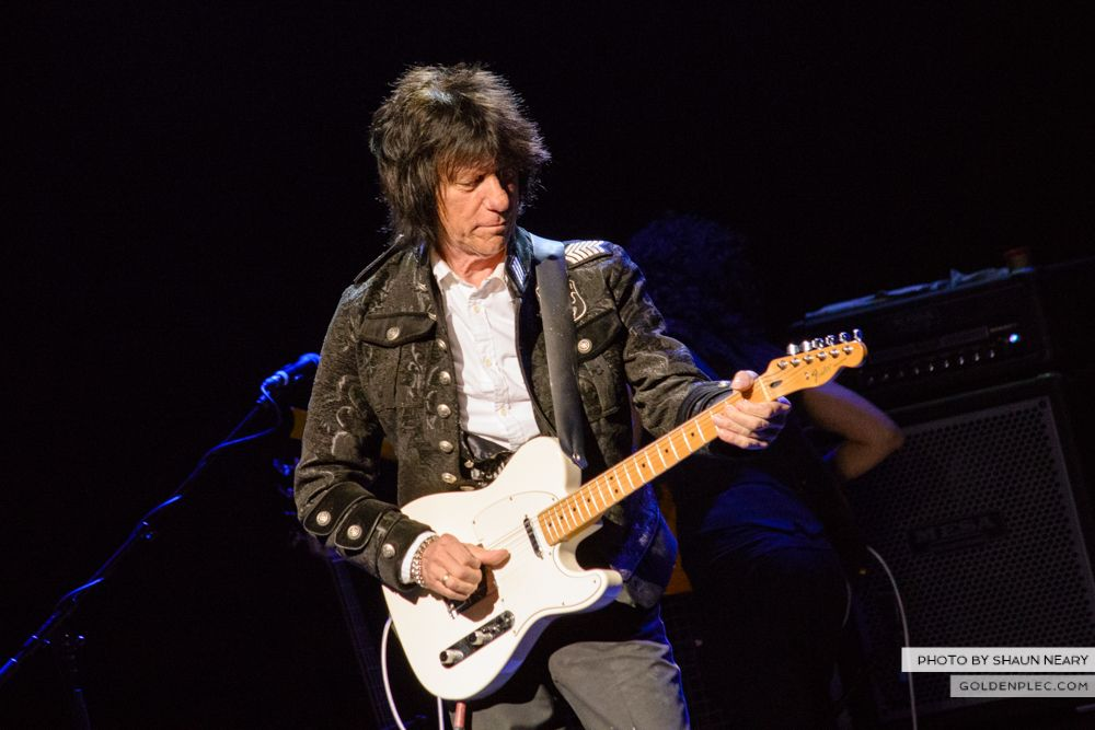 Jeff Beck at The Olympia Theatre, Dublin on May 21st 2014 by Shaun Neary-01
