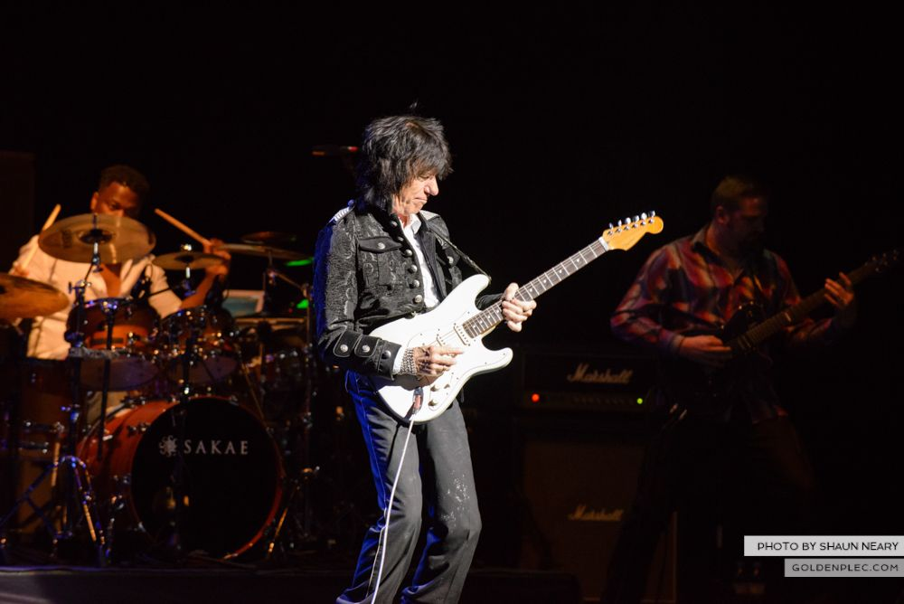 Jeff Beck at The Olympia Theatre, Dublin on May 21st 2014 by Shaun Neary-18