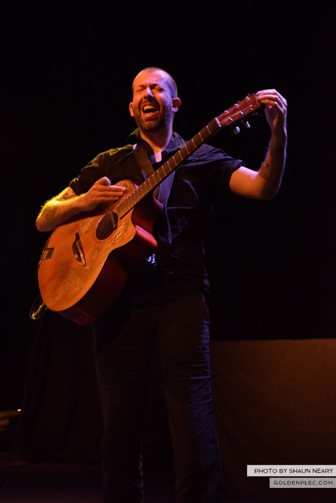 Jon Gomm at The Button Factory, Dublin on May 23rd 2014 by Shaun Neary-15