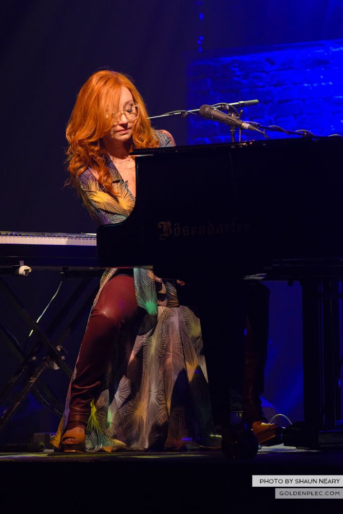 Tori Amos at The Olympia Theatre, Dublin on May 7th 2014 by Shaun Neary-01