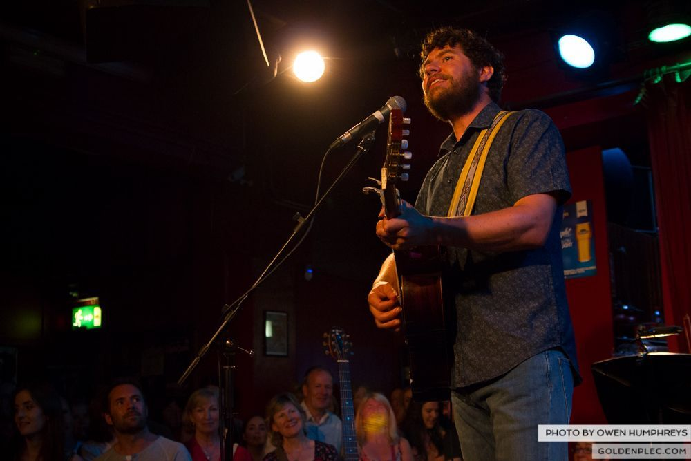 Declan O'Rourke at Roisin Dubh – Galway Arts Festival (9 of 12)