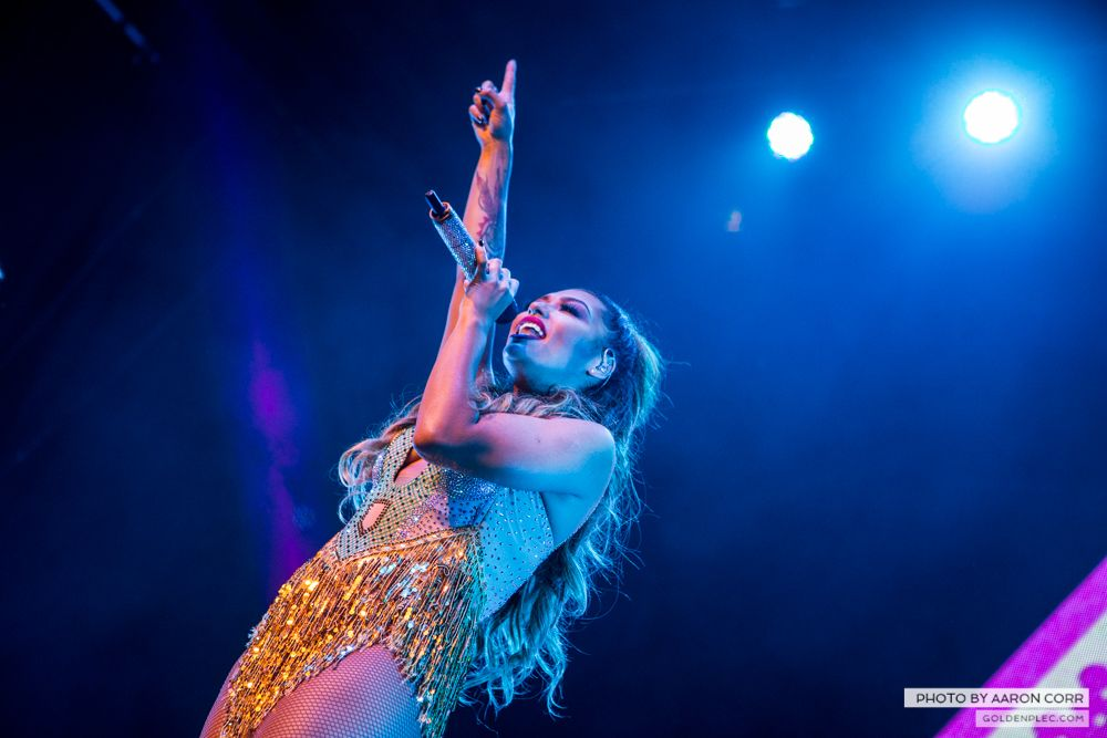 The Saturdays at Olympia by Aaron Corr-16