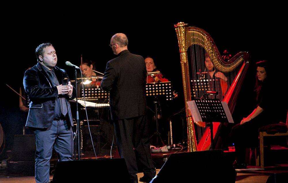 Paul Potts at The Olympia by Abraham Tarrush (11)