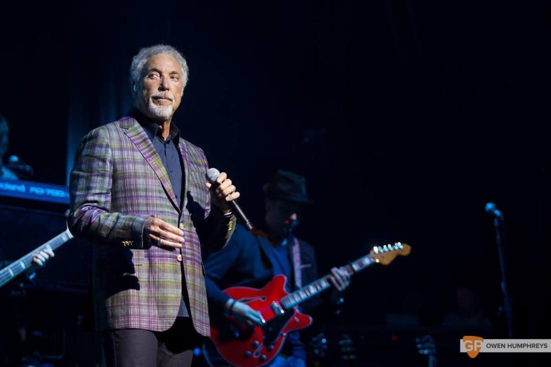 Tom Jones at The Olympia Theatre by Owen Humphreys (1 of 14)