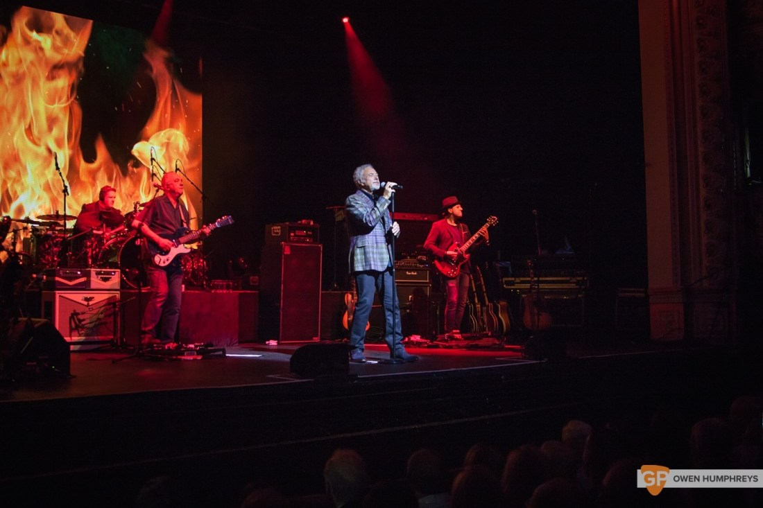 Tom Jones at The Olympia Theatre by Owen Humphreys (2 of 14)