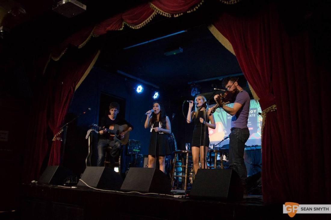Carron at GoldeBeck in the Workman's Club by Sean Smyth (27-8-15) (5 of 6)