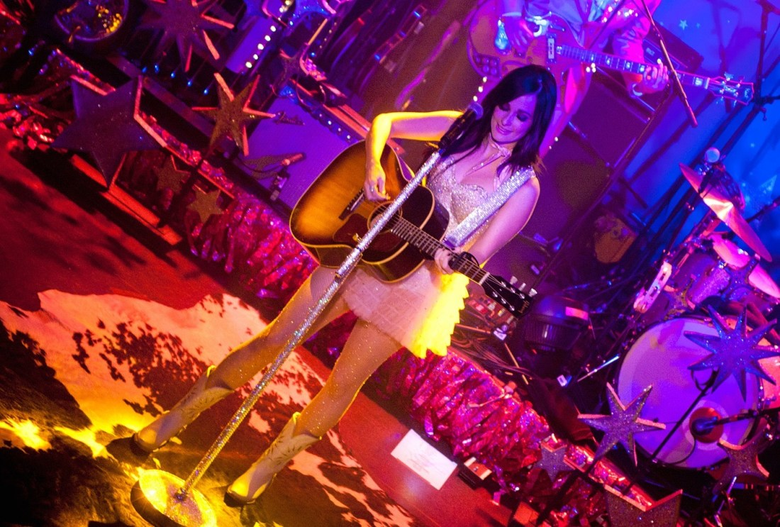 Kacey Musgraves at The Academy Dublin by Abraham Tarrush (4)