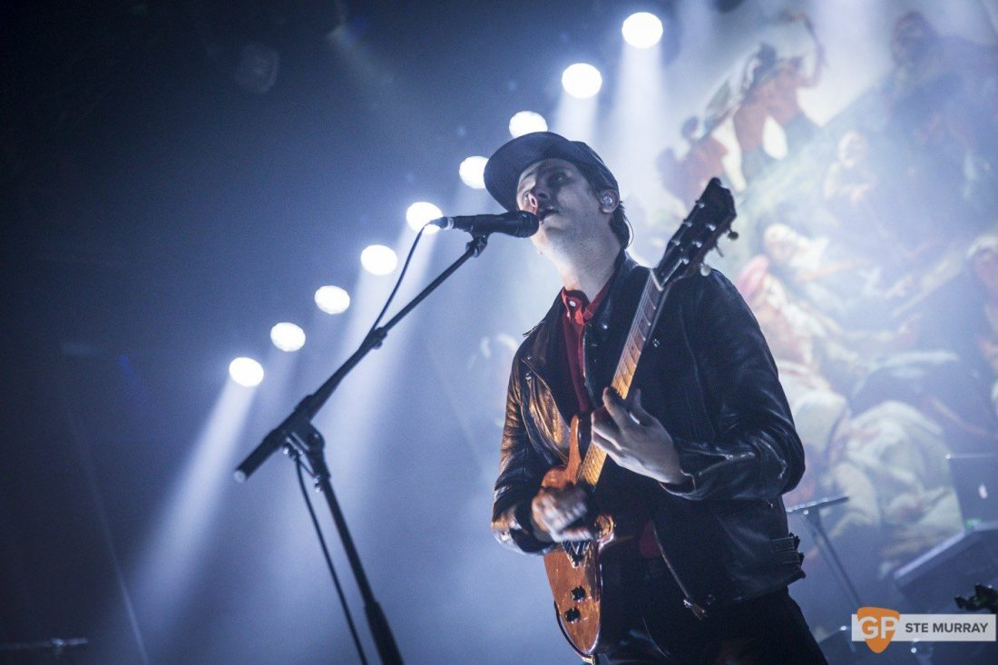 jamie-t-at-the-olympia-by-ste-murray_08