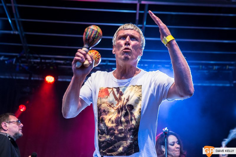 The Happy Mondays at Leopardstown Racecourse on 17 August 2017 (15 of 30)
