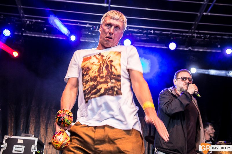 The Happy Mondays at Leopardstown Racecourse on 17 August 2017 (5 of 30)