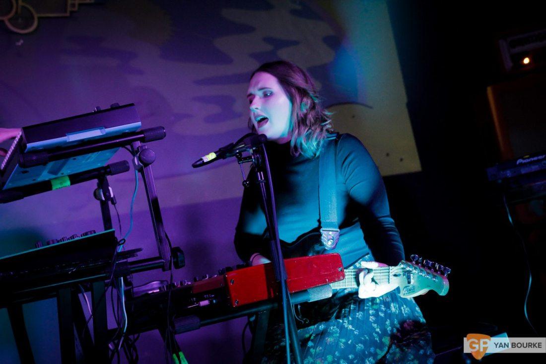 Lilla Vargen at BelloBar on 9 November 2017  by Yan Bourke