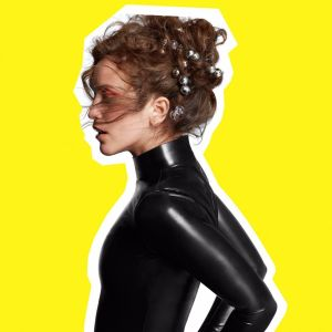 Rae Morris – Someone Out There