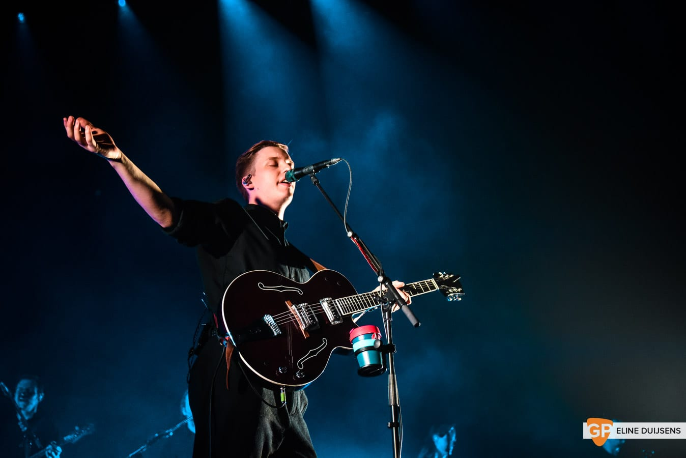 George Ezra at Verti Music Hall by Eline Duijsens GP-15