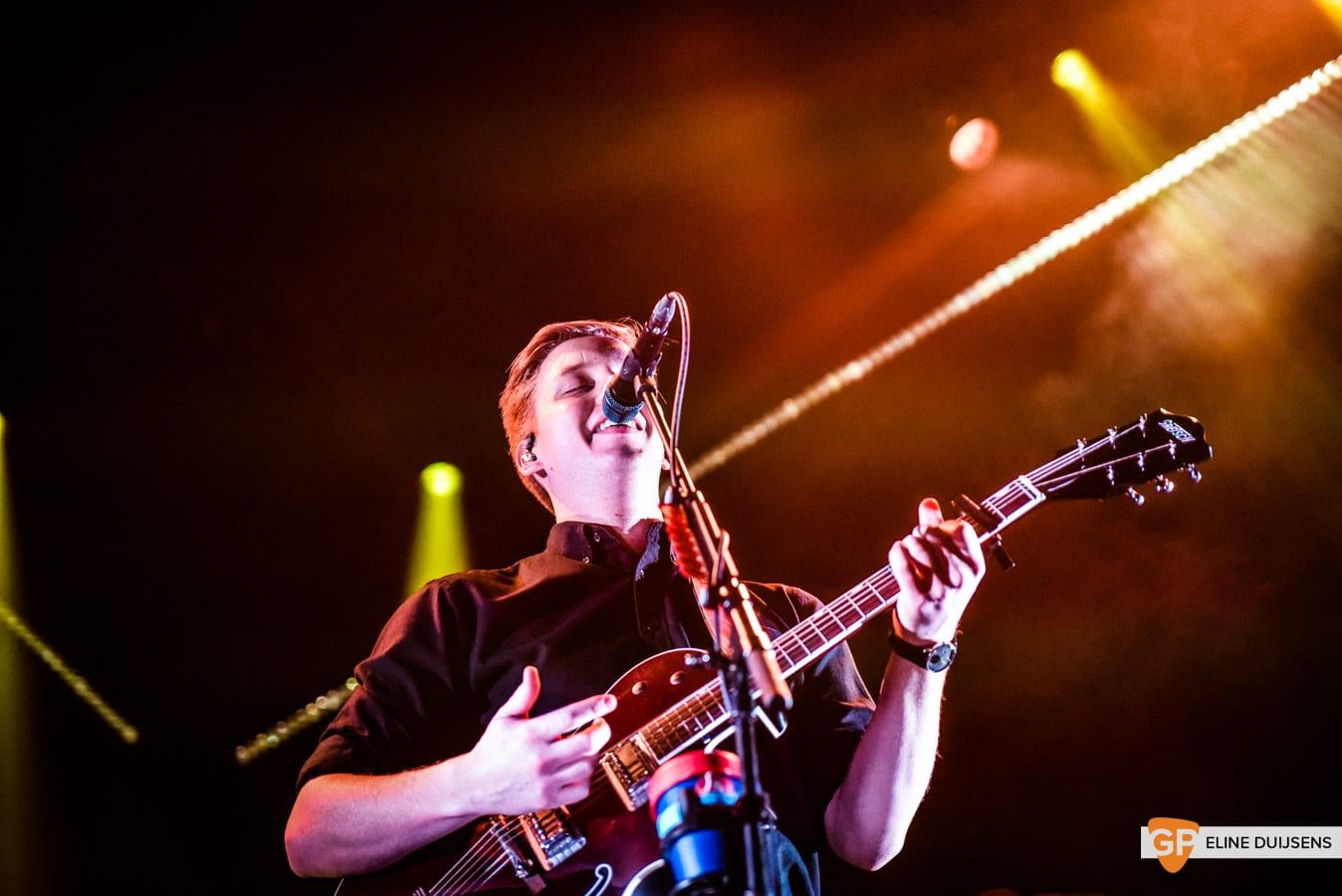 George Ezra at Verti Music Hall by Eline Duijsens GP-5