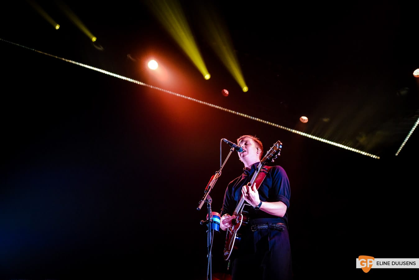 George Ezra at Verti Music Hall by Eline Duijsens GP-8