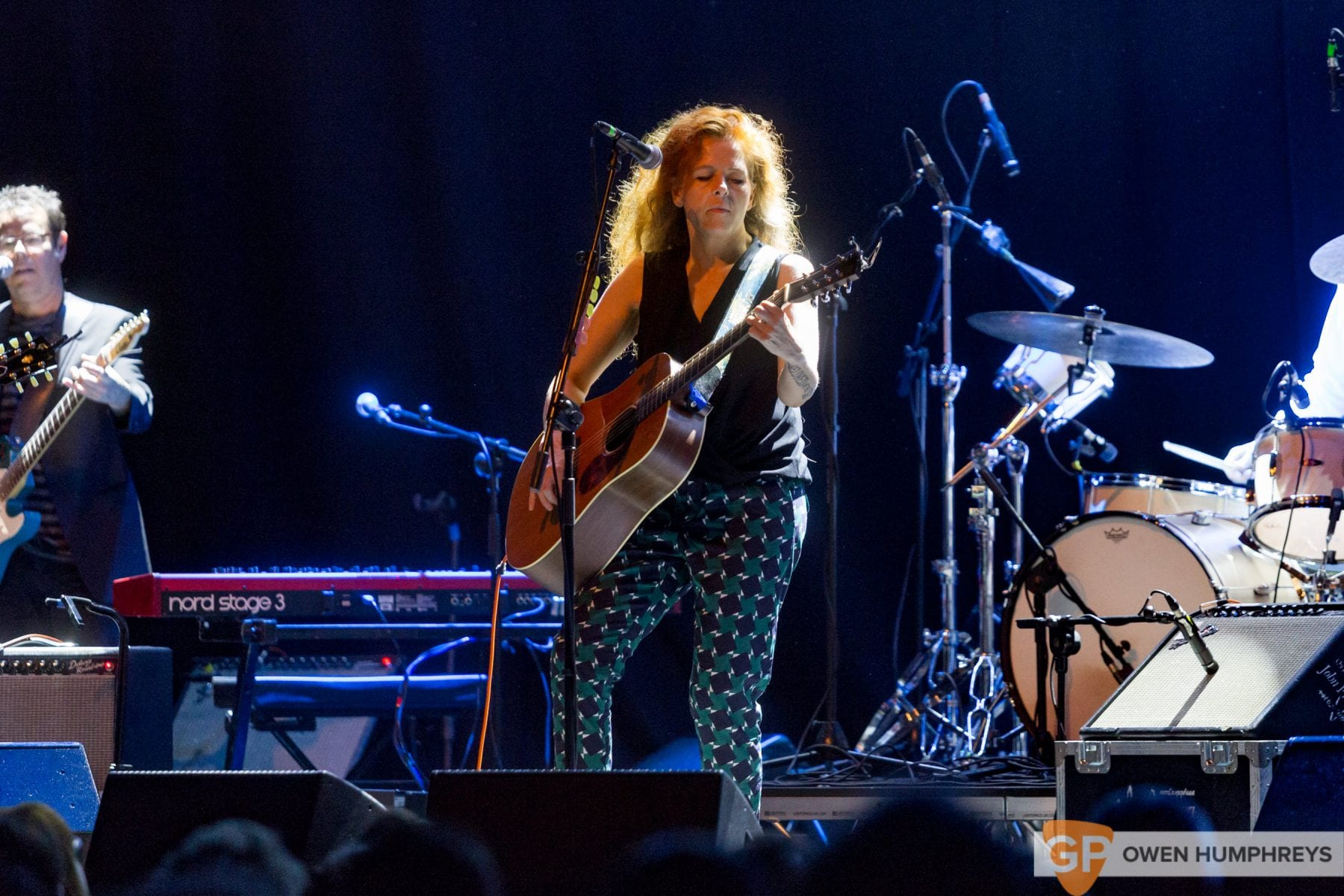 Neko Case at Vicar Street. Photo by Owen Humphreys www.owen.ie