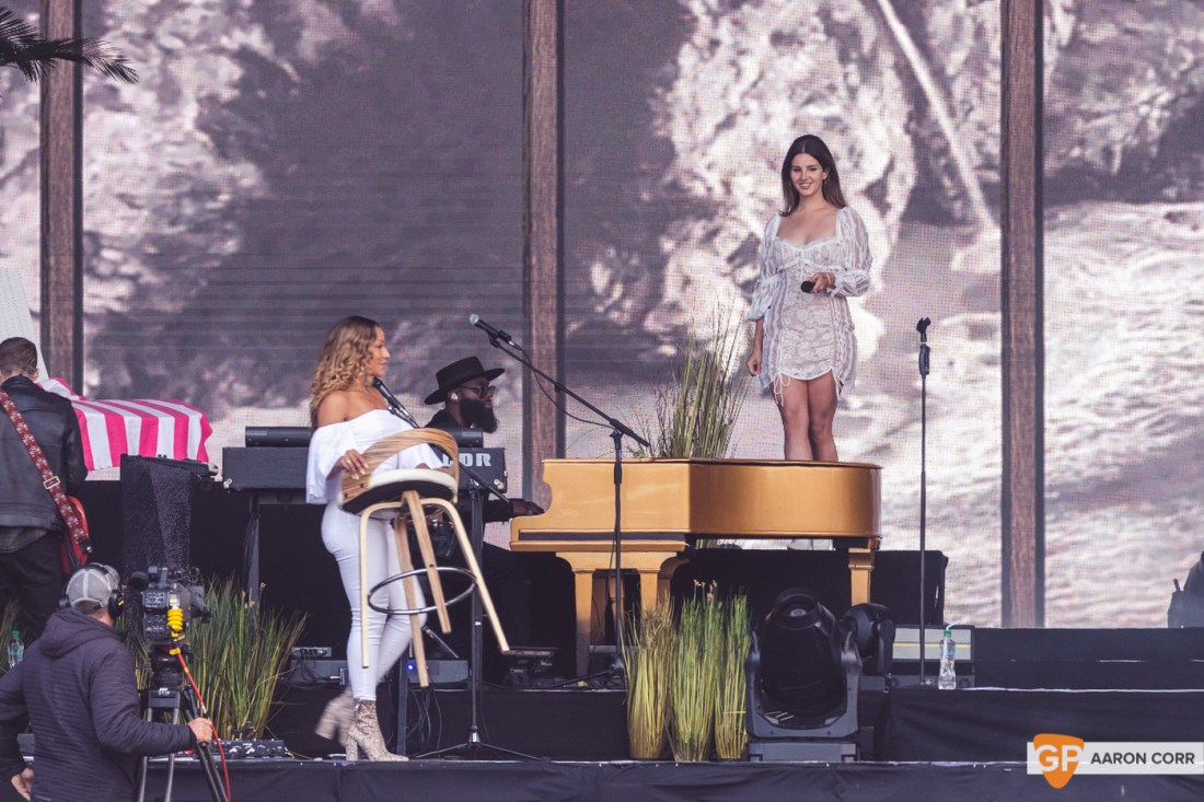 Lana Del Rey at Malahide Castle by Aaron Corr (22-Jun-19)-5909