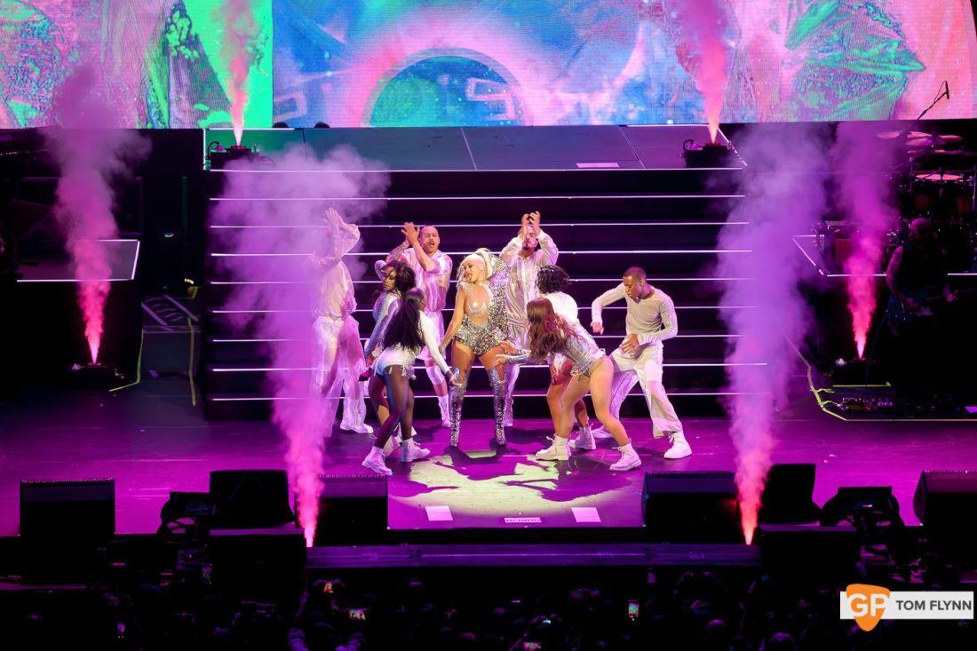 Christina Aguilera at 3Arena, Dublin by Tom Flynn (5:11:19) – 7