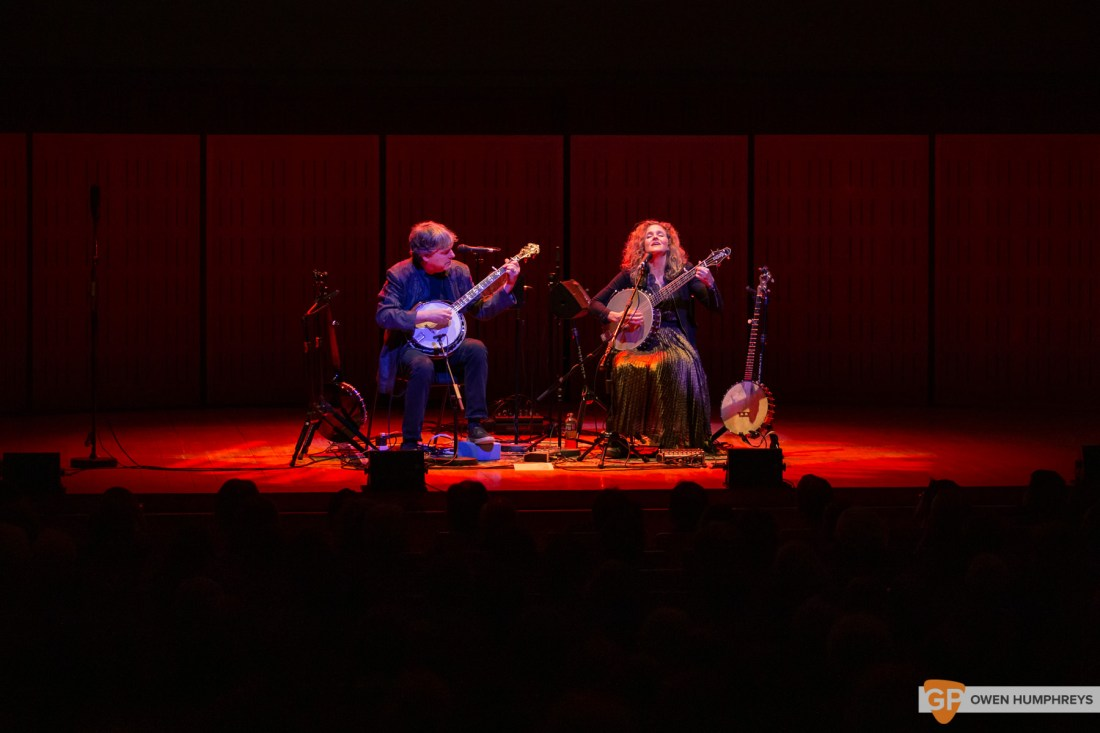 Bela Fleck & Abigail Washburn at The National Concert Hall. Photo by Owen Humphreys. www.owen.ie-2