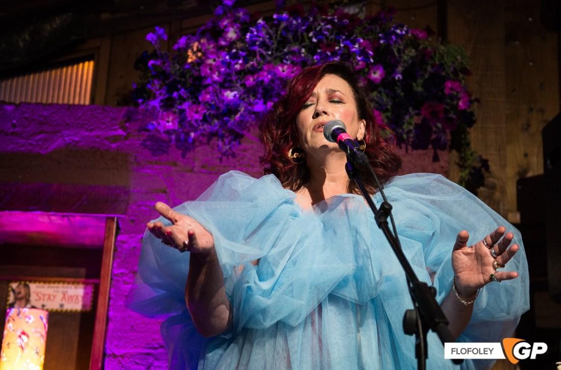 Maria Doyle Kennedy at De Barras Folk Club Clonakilty, Photographer, Flo Foley, 15-08-2021-9