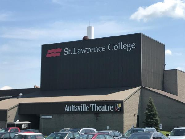 Africa Entrance Scholarships at St. Lawrence College, Canada