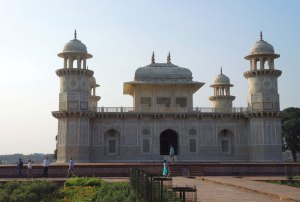 Agra-holiday-packages-tours-india