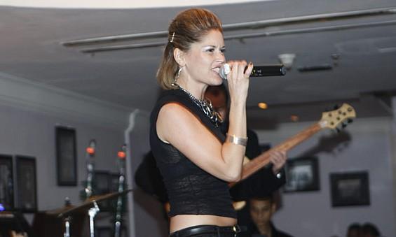 UAE 2011-2013  el-live Abu Dhabi 2011