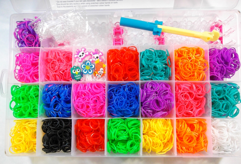 4400 Rubber Band Elastici Loom Bands mega set con cornice