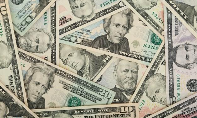 Americans Are Still Using Cash