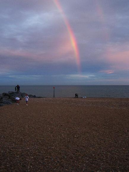 rainbow-on-hythe-beach_202933422_o