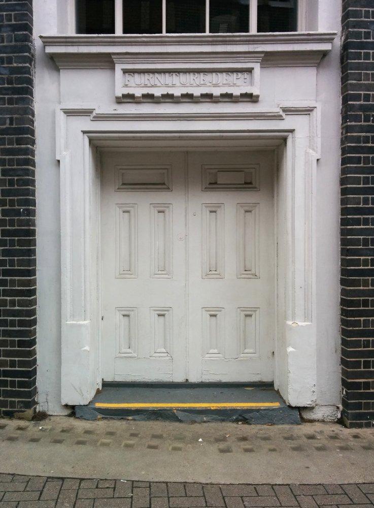 RebelFootprints-ClerkenwellStreetSigns-03
