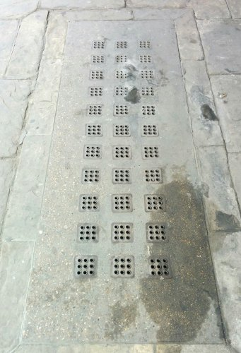 holes-in-the-pavement-23