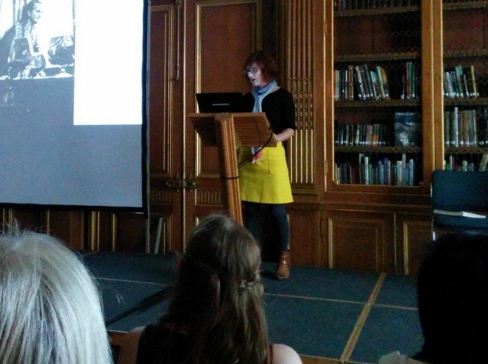 Dr. Joanna Pawlik talking at 'Edward James in Mexico' symposium