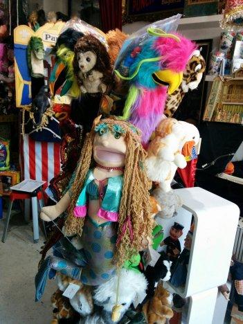 puppet-planet-09