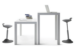 Stand Your Way Through the Day With an Adjustable Desk