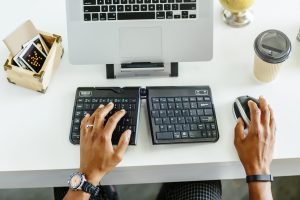 How to Avoid Carpal Tunnel with a Desk Job
