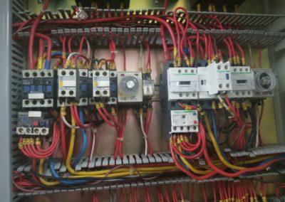 維修電力系統   金輝工程服務有限公司