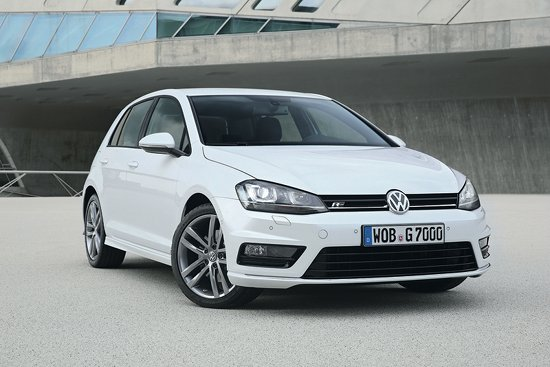 VW Golf R-Line