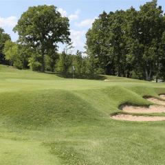 Thousand Hills Golf Resort