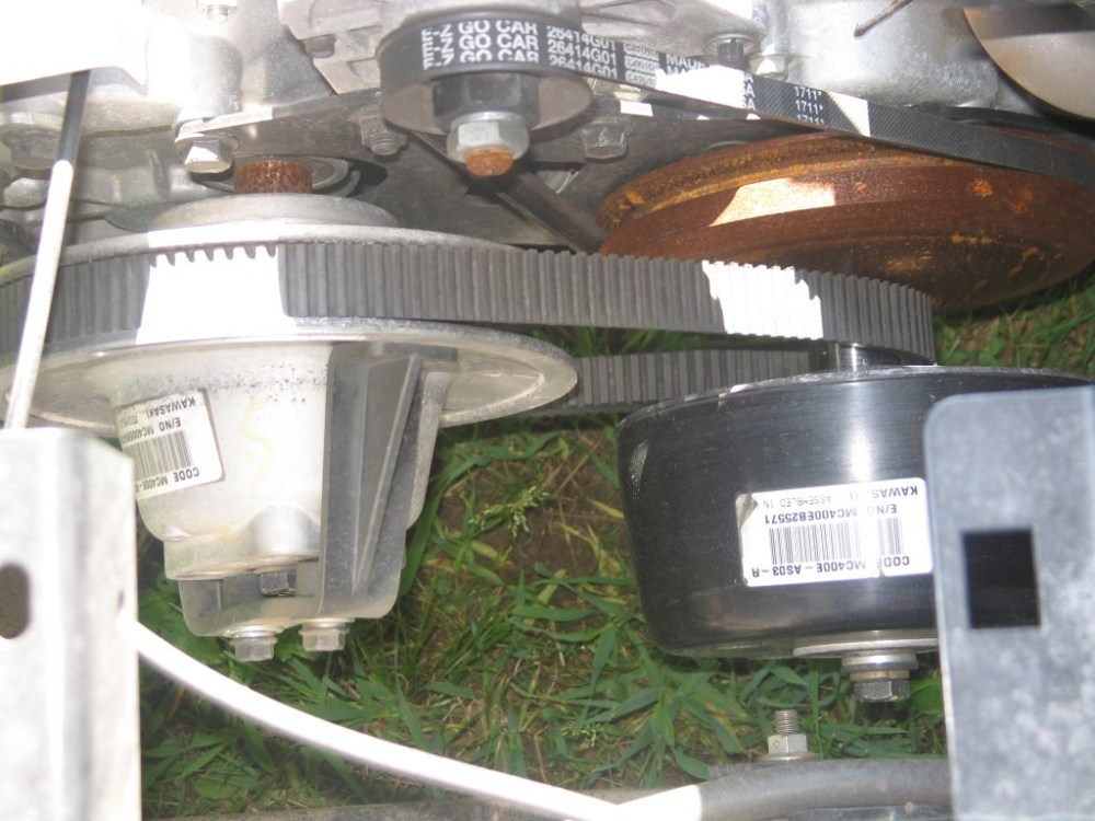 medium resolution of let s start with the removal of the driven primary clutch which is mounted on the crankshaft sticking out of the engine before beginning the golf cart