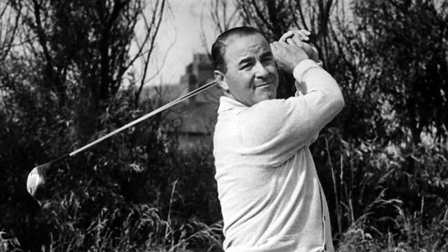 (Mirrorpix/Newscom) SARAZEN-LS-040716-newscom British Open 1952. Royal Lytham & St Annes Golf Club, Lancashire, 10th July 1952. The 81st Open Championship, was held from 9th to 11th July. Pictured, Gene Sarazen of the USA. (Newscom TagID: mrpphotos335481.jpg) [Photo via Newscom]