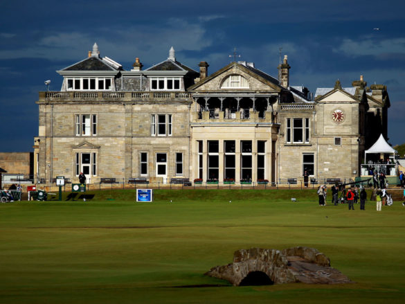 La clubhouse più famosa del mondo, quella dell'Old Course di St Andrews