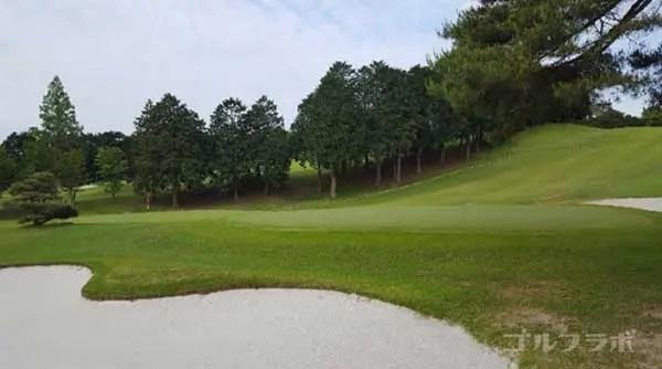 沼津ゴルフクラブの愛鷹1ホールのグリーン
