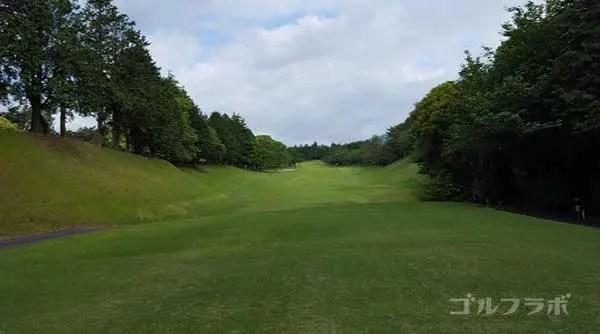 沼津ゴルフクラブの愛鷹3ホールのティーグラウンド