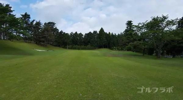 沼津ゴルフクラブの愛鷹3ホールの3打目